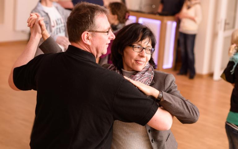 Tangothek Flensburg | Die etwas andere Tanzschule